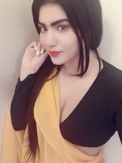 Indian Studen Bindiya